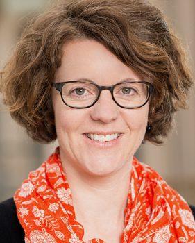Christine Gerber – Information, Finanzen und Administration